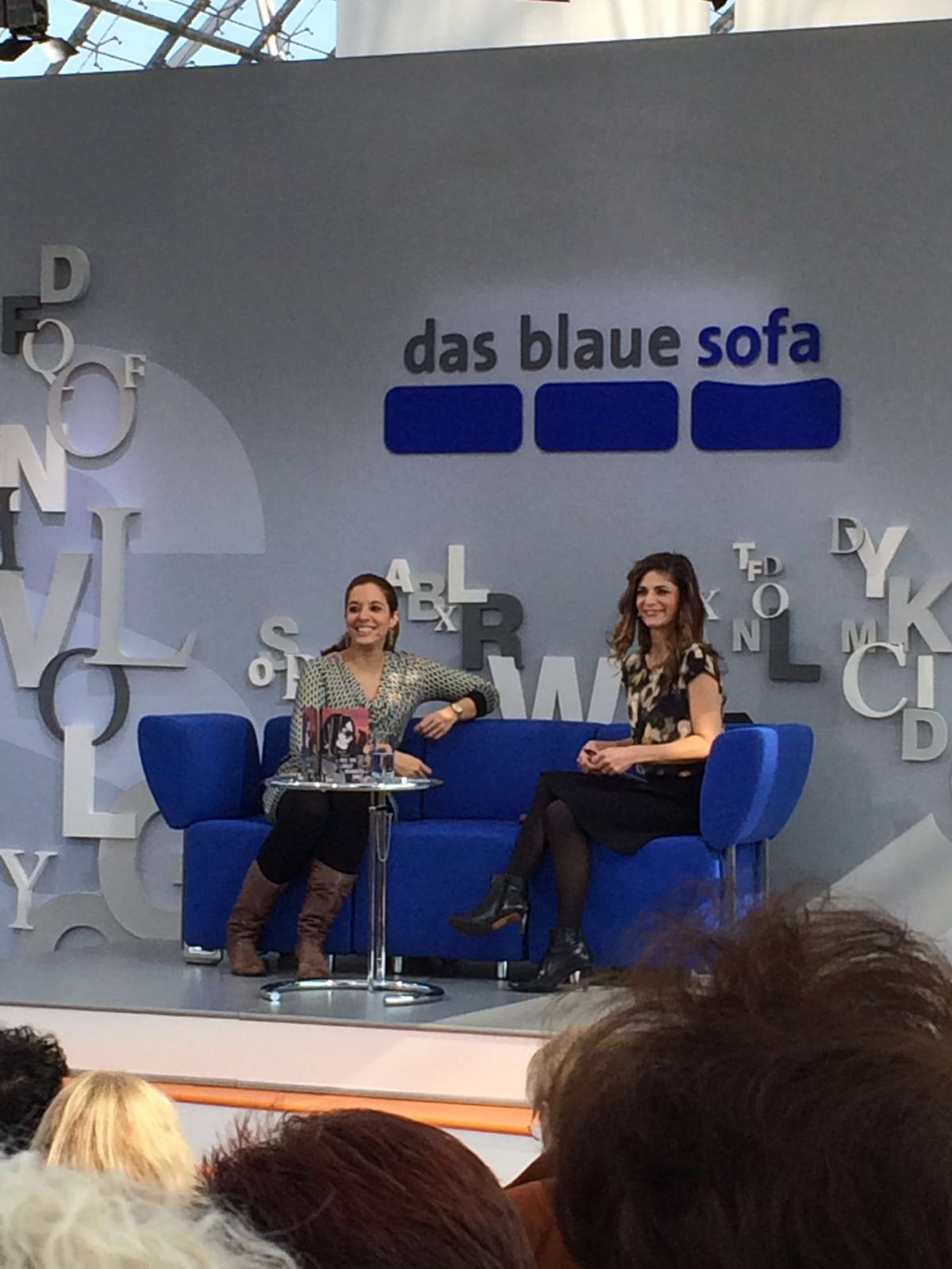 Mit Katty Salié auf dem Blauen Sofa